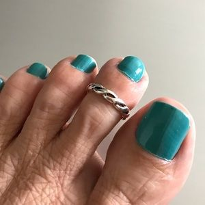 Jewelry - Sterling Silver Braid Toe Ring